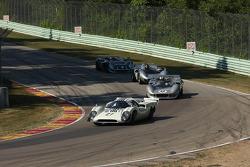 #27 1968 Lola T70 MkIIIB : David Ritter #42 1965 McLaren M1B : Farrell Preston