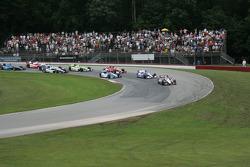 Will Power, Team Penske Chevrolet leads the pack through corner 4
