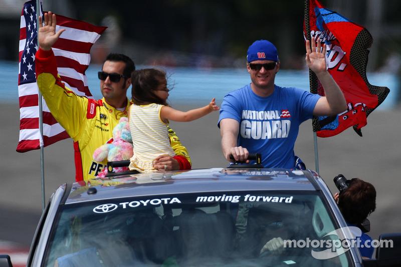 Sam Hornish Jr, Dale Earnhardt Jr.