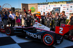 Victory lane: race winner Ryan Briscoe