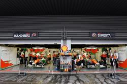 Pit garage of Nico Hulkenberg, Sahara Force India F1 and Paul di Resta, Sahara Force India