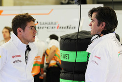 (vlnr): Paul di Resta, Sahara Force India F1 en Andy Stevenson, Sahara Force India F1 Team Manager