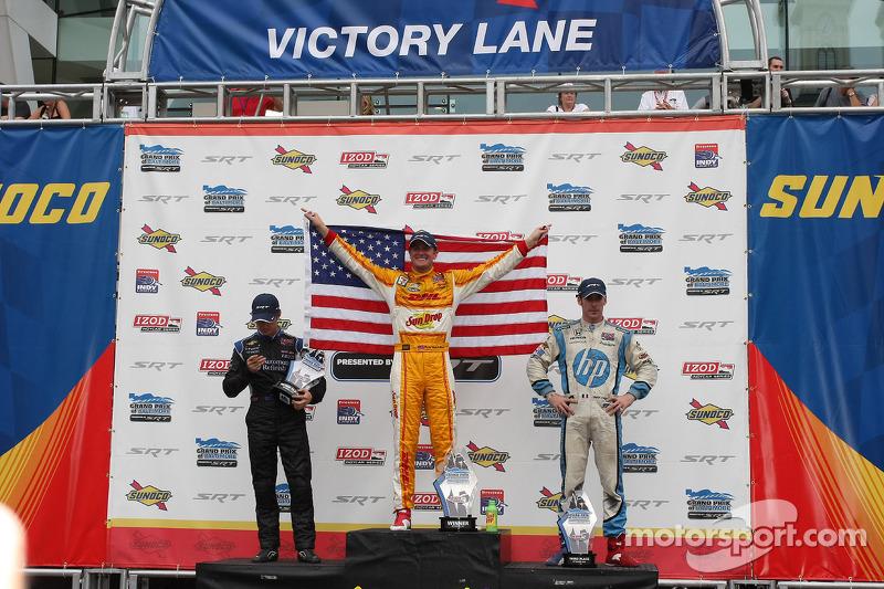 Race winner Ryan Hunter-Reay, second place Ryan Briscoe and third place Simon Pagenaud