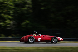 31 Peter Giddings U.K. 1954 Maserati 250F