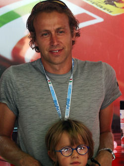 Luca Badoer, with his son