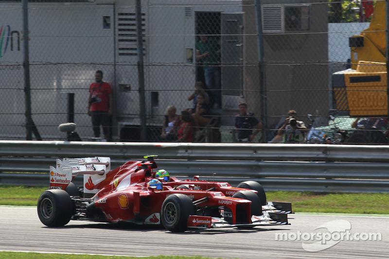 Fernando Alonso, Scuderia Ferrari voor Felipe Massa, Scuderia Ferrari