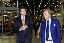 Texas Gov. Rick Perry meets ve Luca di Montezemolo