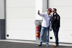 Rodolfo Gonzalez, Sahara Force India Formula One Team and Michael Schumacher, Mercedes GP