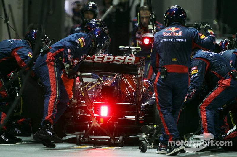 Jean-Eric Vergne, Scuderia Toro Rosso maakt pitstop
