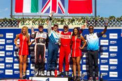 Robert Huff, Chevrolet Cruze 1.6T, Chevrolet , Norbert Michelisz, BMW 320 TC, Zengo Motorsport, Gabriele Tarquini, SEAT Leon WTCC, Lukoil Racing Team