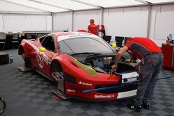 #63 Scuderia Corsa Ferrari 458: Alessandro Balzan, Johannes van Overbeek