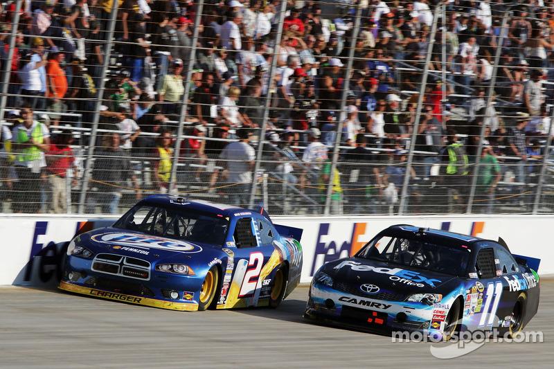 Brad Keselowski, Penske Racing Dodge and Denny Hamlin, Joe Gibbs Racing Toyota