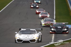 FIA-GT race action.