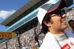 Sergio Perez, Sauber on the grid