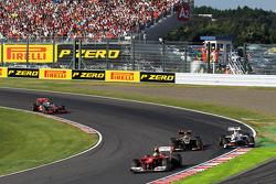 Felipe Massa, Ferrari leads Kimi Raikkonen, Lotus F1 and Sergio Perez, Sauber