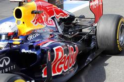 Sebastian Vettel, Red Bull Racing exhaust and rear suspension detail