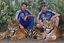 Will Power and Mark Winterbottom visit tigers at Dreamworld