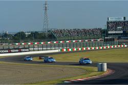 Alain Menu, Chevrolet Cruze 1.6T, Chevrolet leads Yvan Muller, Chevrolet Cruze 1.6T, Chevrolet and Robert Huff, Chevrolet Cruze 1.6T, Chevrolet