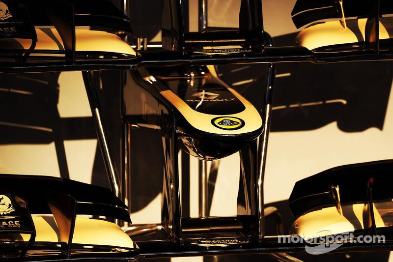 Lotus F1 E20 voorvleugel