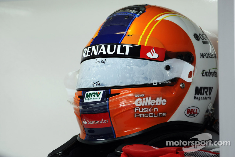 The helmet of Bruno Senna, Williams designed by a competition winner