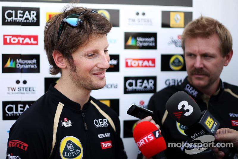 Romain Grosjean, Lotus F1 Team met de media
