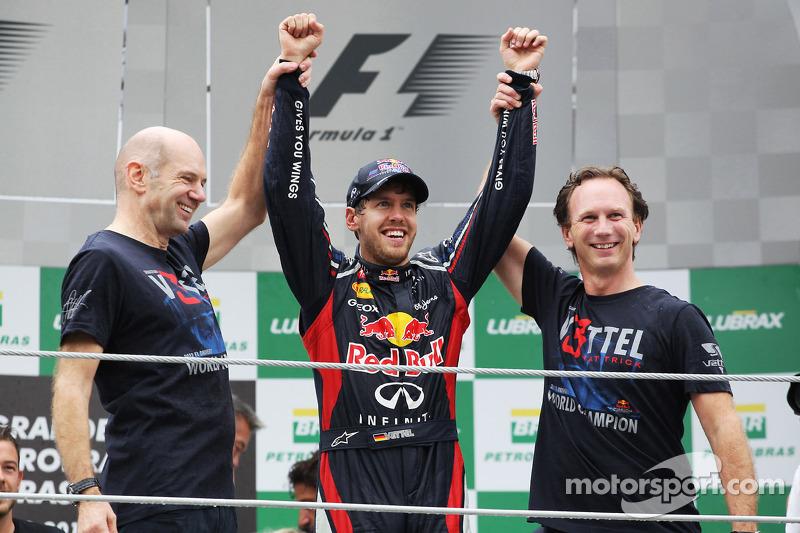 Sebastian Vettel, Red Bull Racing viert wereldtitel met Adrian Newey, Red Bull Racing Chief Technica