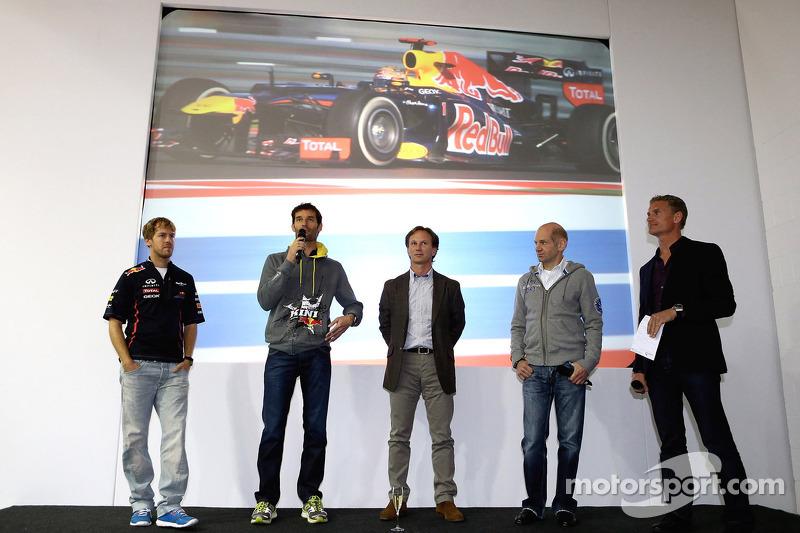 Марк Уэббер, Дэвид Култард и Себастьян Феттель. Празднования на базе Red Bull Racing, Особое мероприятие.