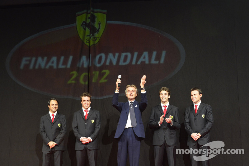 Luca di Montezemolo, con Jules Bianchi, Davide Rigon, Felipe Massa y Fernando Alonso en la Gala Ferrari