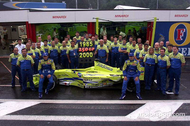 250 Grands Prix voor Minardi