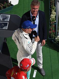 Valtteri Bottas, Mercedes AMG F1 W08 ve David Coulthard, Channel Four