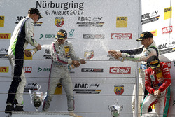 Podium: 1. Lirim Zendeli, Mücke Motorsport, 2. Kim-Luis Schramm, US Racing, 3. Fabio Scherer, US Racing, bester Rookie Enzo Fittipaldi, Prema Powerteam