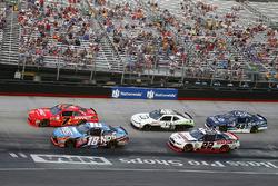 Kyle Busch, Joe Gibbs Racing Toyota, Justin Allgaier, JR Motorsports Chevrolet