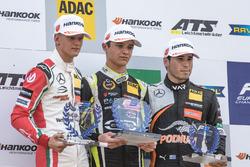 Podium, Rookie, Mick Schumacher, Prema Powerteam, Dallara F317 - Mercedes-Benz, Lando Norris, Carlin, Dallara F317 - Volkswagen, Joey Mawson, Van Amersfoort Racing, Dallara F317 - Mercedes-Benz