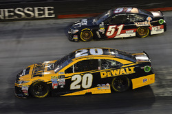 Matt Kenseth, Joe Gibbs Racing Toyota, B.J. McLeod, Rick Ware Racing, NEX Transportation Chevrolet SS