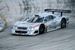 #10 AMG Mercedes-Benz CLK-GTR: Alessandro Nannini, Marcel Tiemann