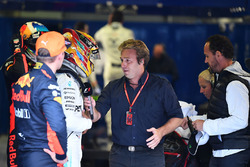 Max Verstappen, Red Bull Racing, pole sitter Lewis Hamilton, Mercedes AMG F1 and Davide Valsecchi, Sky Italia  in parc ferme