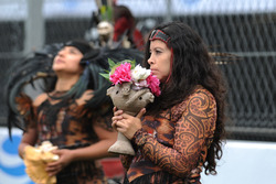 Mexican Dancers on the grid