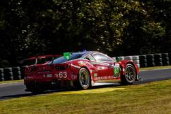 #63 Scuderia Corsa Ferrari 488 GT3: Christina Nielsen, Alessandro Balzan, Matteo Cressoni