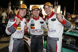 Переможці у категорії GTD Коннор де Філліппі, Крістофер Міс, Шелдон ван дер Лінде, Land-Motorsport