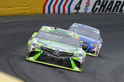 Кайл Буш, Joe Gibbs Racing Toyota и Джейми Макмарри, Chip Ganassi Racing Chevrolet