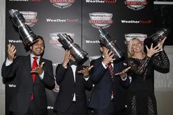 GTD Campeones Andrea Reggiani, Giacomo Mattioli, Alessandro Balzan, Christina Nielsen,
