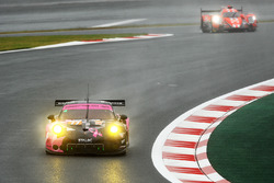Экипаж №77 команды Dempsey Proton Competition, Porsche 911 RSR: Кристиан Рид, Маттео Кайроли, Марвин Динст