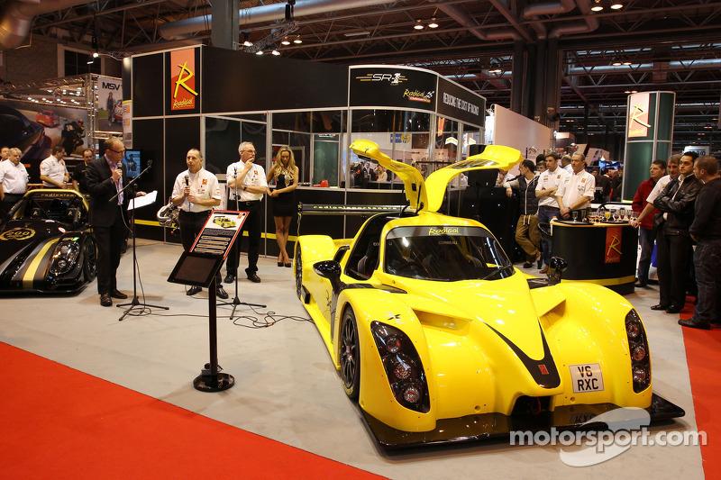 Энди Уоллес. Международная автоспортивная выставка, Бирмингем, четверг.