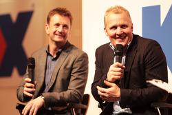 Allan McNish, met Johnny Herbert, op deAutosport Stage