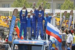 caminhão vencedores Eduard Nikolaev, Sergey Savostin, Vladimir Rybakov