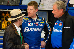 Carl Edwards, Roush Fenway Racing Ford back in the garage after the crash, with Jack Roush and Jimmy Fenning