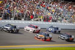 Joe Nemechek, NEMCO Motorsports Toyota, Regan Smith, Phoenix Racing Chevrolet, Tony Stewart, Stewart-Haas Racing Chevrolet