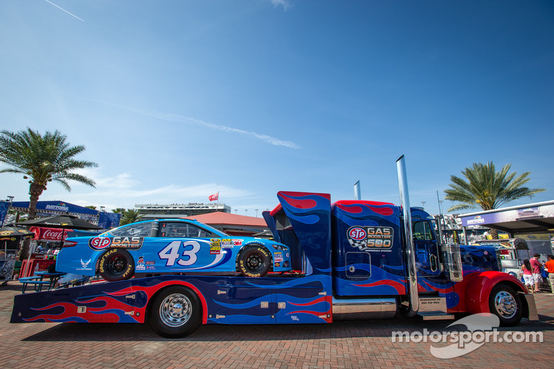 Display with the Richard Petty Motorsports Ford car