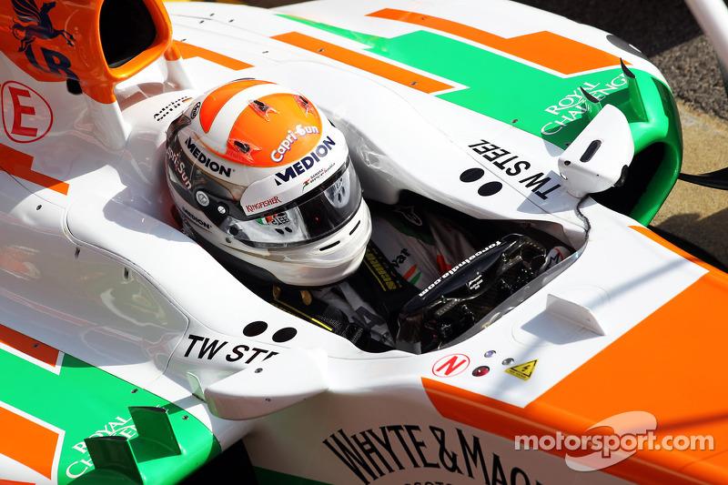 Adrian Sutil, Sahara Force India VJM06 oefent pitstops
