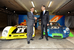 Carlos Tavares, operating chief of Renault, and Pierre Fillon, president of the ACO